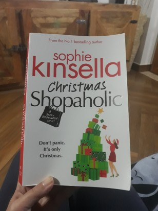 Christmas Shopaholic (1)
